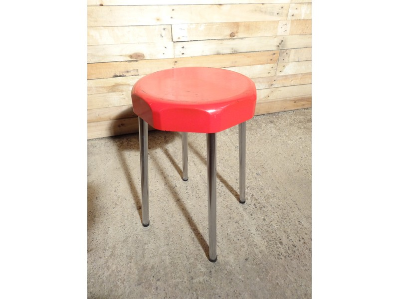 1950's chrome legs red stool