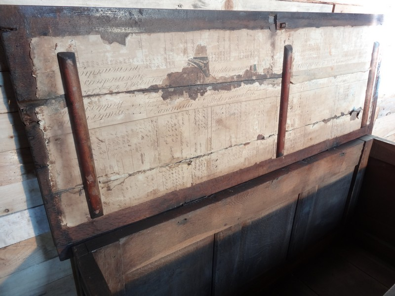 EXCEPTIONAL LATE 17TH CENTURY OAK MULE CHEST. PROBABLY WEST COUNTRY (England). C 1680 (price on request)