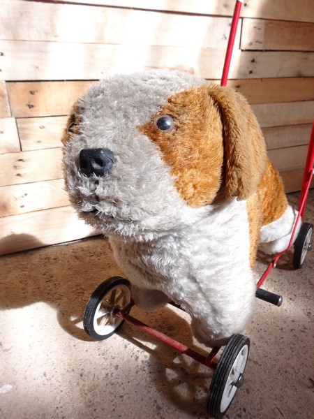 1950 childs toy ride on dog
