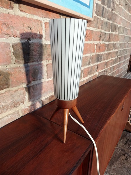 **SOLD**1950's table lamp