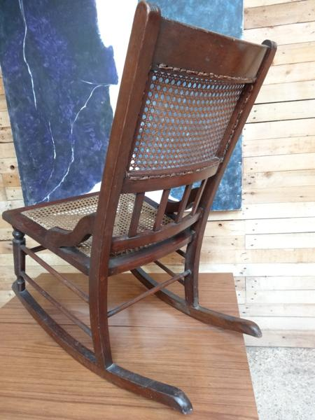 ca 1800 English rocking chair