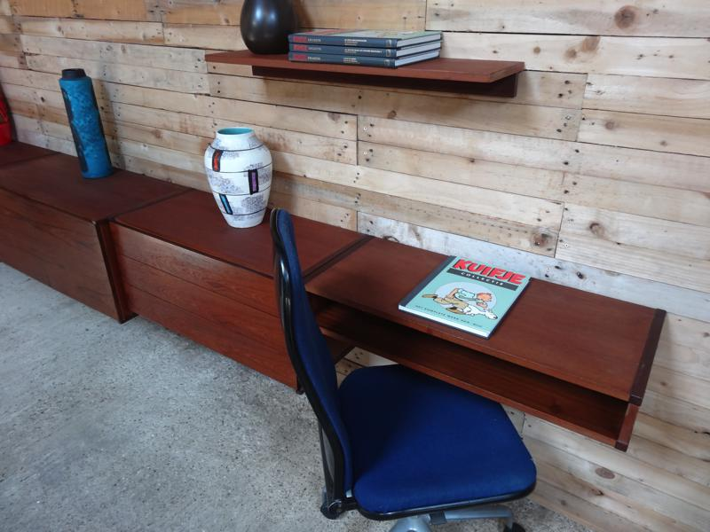 ... Sold Items » 0 » **SOLD**XXL Sought after free-hanging sideboard