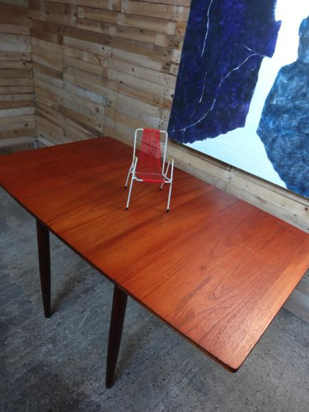 **SOLD**Danish teak dropdown table