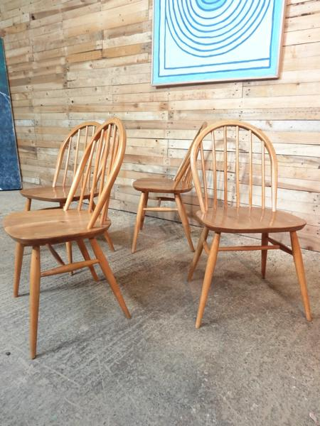 **SOLD**Ercol Quaker Hoop back Original Windsor Dining Chairs (4x)