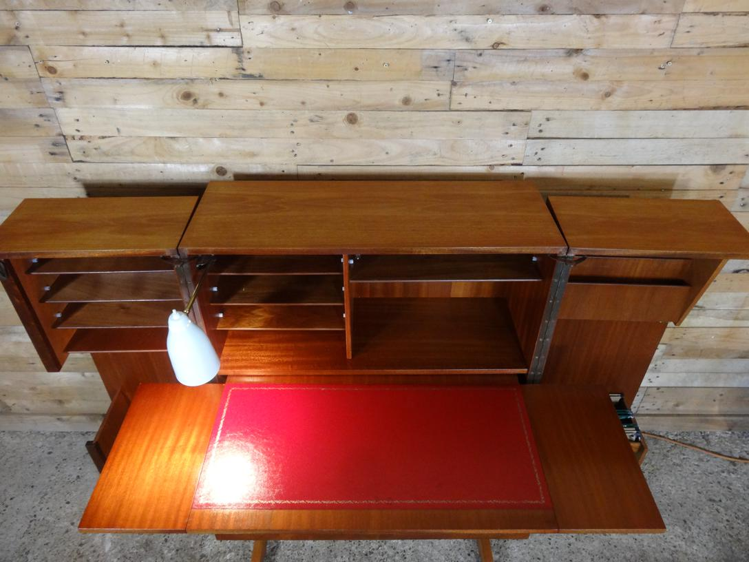 "Mummenthaler & Meier ""magic box"" desk in a box"
