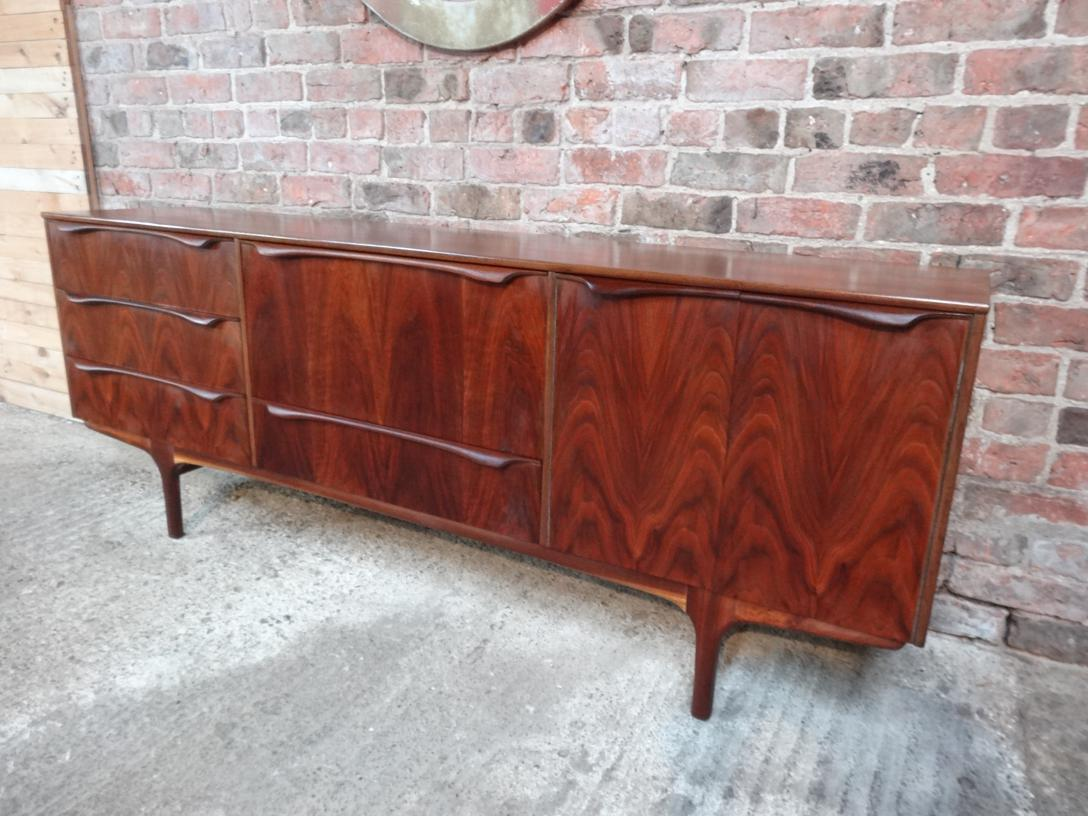 Stunning sought after walnut 1950's Retro Vintage Sideboard (196)