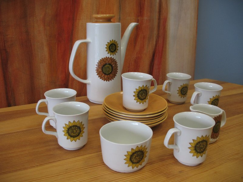 1960's sunflower kitchen set