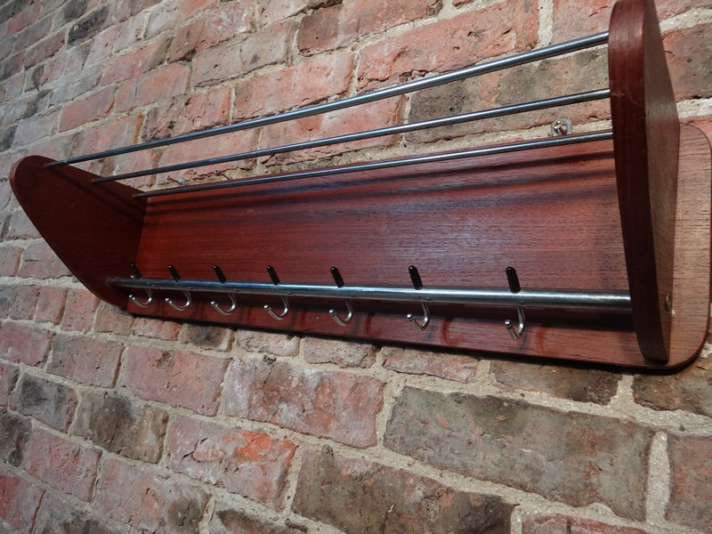 original 1960s coat rack (D34)