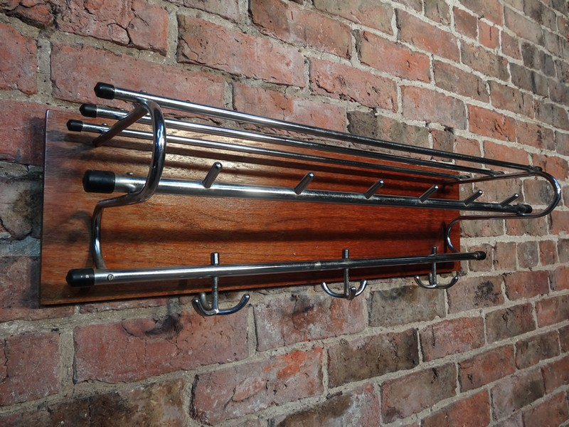 **SOLD**original 1960s coat rack (D35)