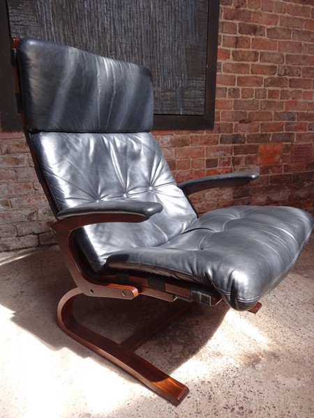 **SOLD**1970's Danish Ingmar Relling black leather arm chair (R1)