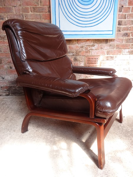 **SOLD**1970's leather arm chair