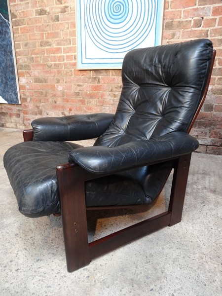 Vintage scandinavian Coja rosewood leather chair