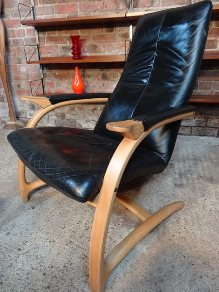 **SOLD**Danish chair with foot stool