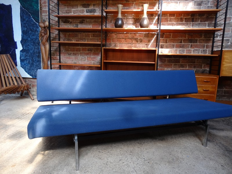 **SOLD**Rob Parry for Gelderland designer sofa / daybed
