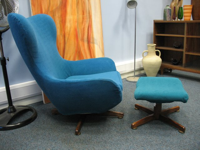 **SOLD**Danish egg chair with stool