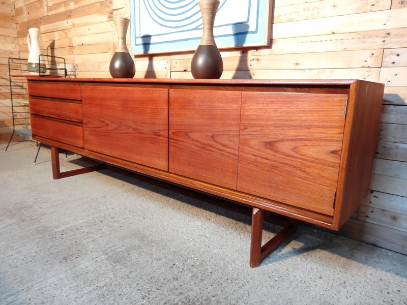 **SOLD**Minimalistic Danish sideboard (127)