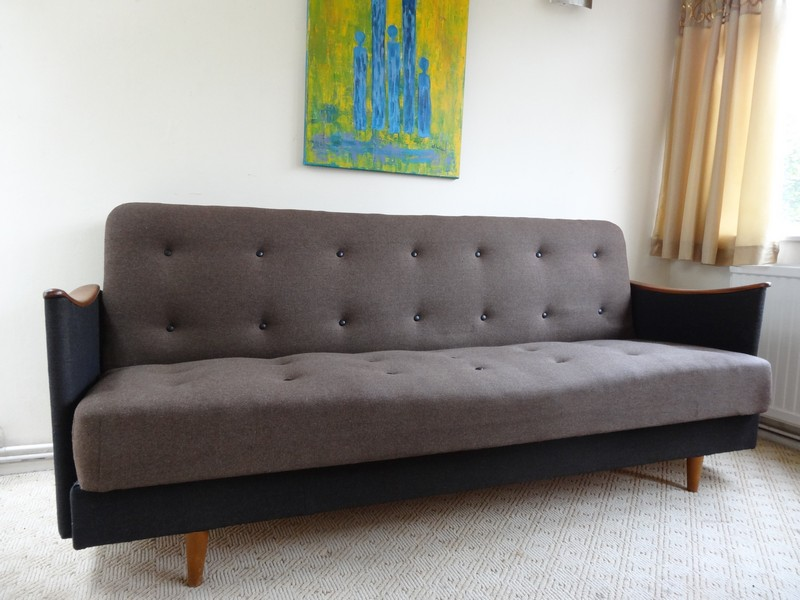 price on request - 1950's Danish 3 seater sofa / daybed