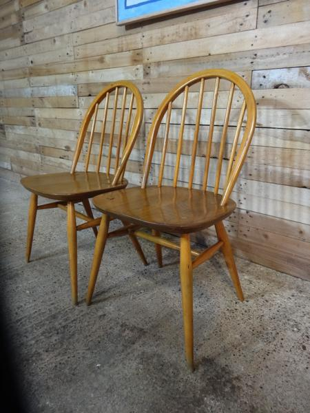 **SOLD**Ercol Quaker Hoop back Original Windsor Dining Chairs (2x)