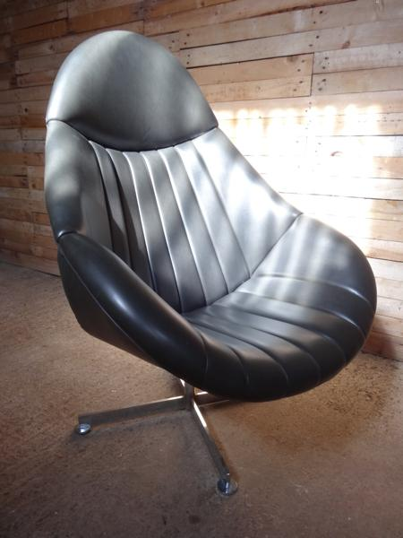 1960's  Dark grey/black Rohe Noorwolde Leather egg chair in mint condition (price on request)