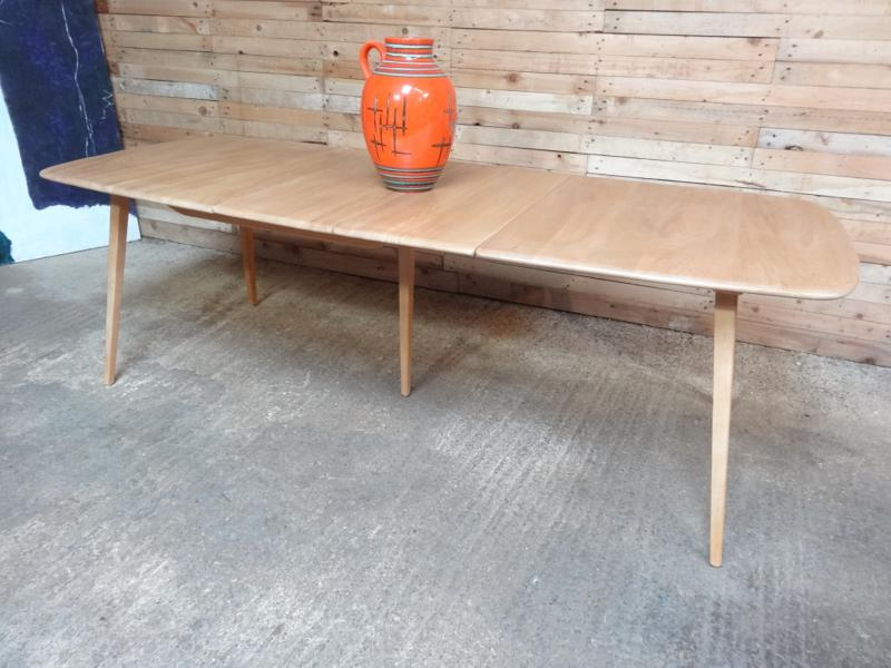 XX Large Ercol extendable 5 legged dining table for 10-12 people
