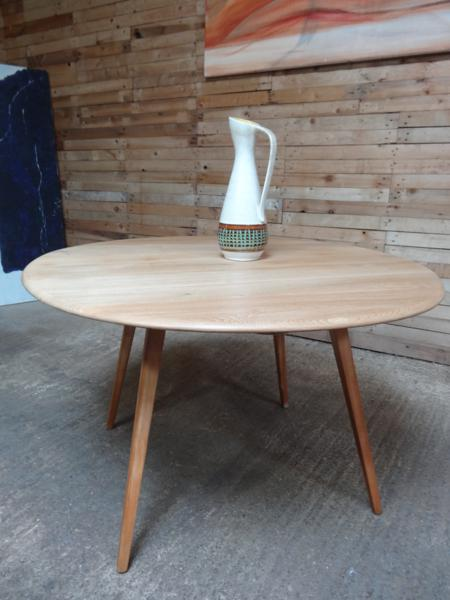 **SOLD**Ercol extendable dropleave dining table