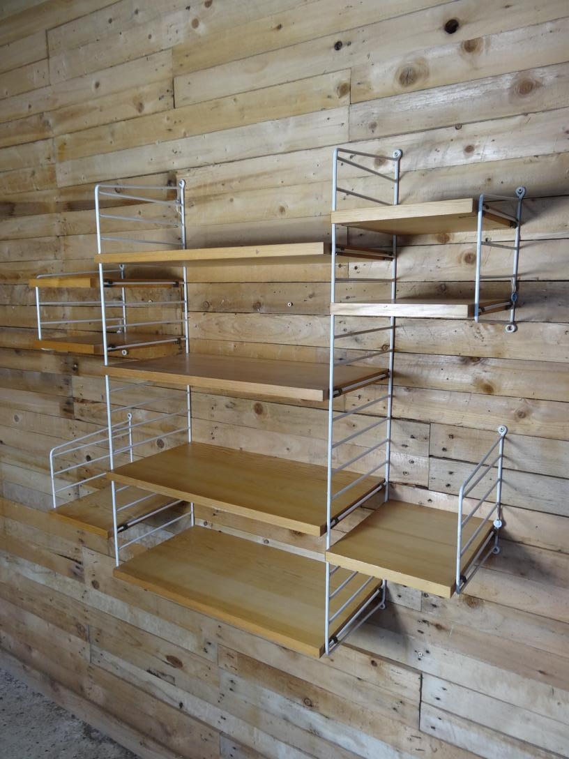 String metal framed teak wall System (S7)