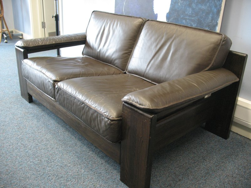 *sold*Vintage Leolux leather two seater sofa