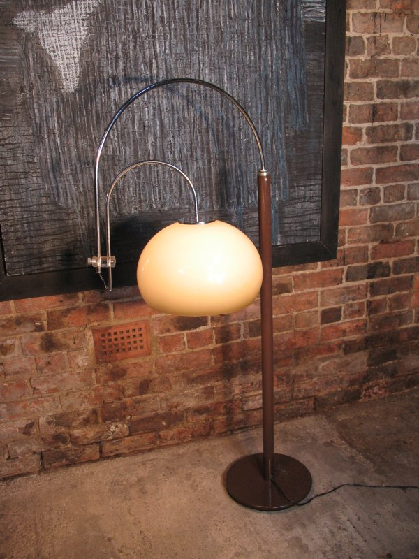 SOLD - 1970's freestanding lamp