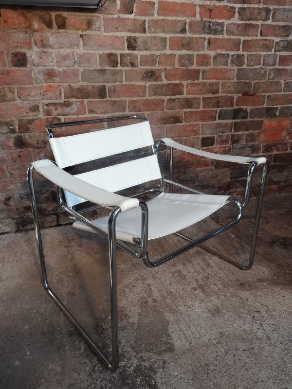 **SOLD**Marcel Breuer ''Wassily'' leather Armchair