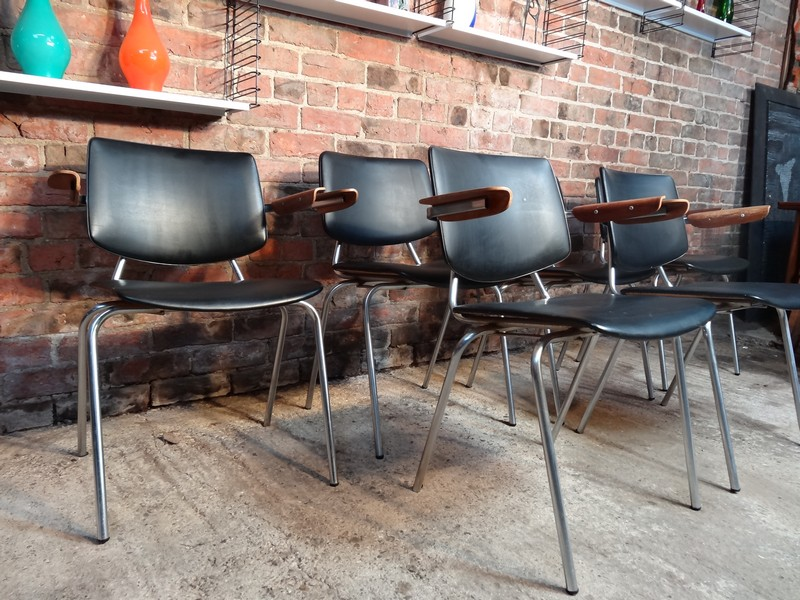 **SOLD**6 Japanees Kho Liang Le designed dining arm chairs