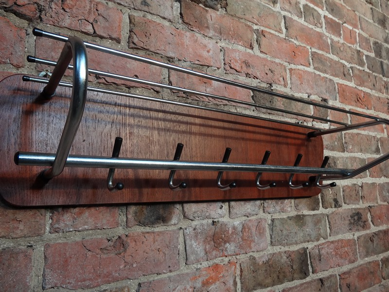 original 1960s coat rack (D21)