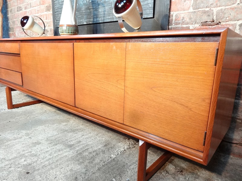 Sideboards over 650 euro