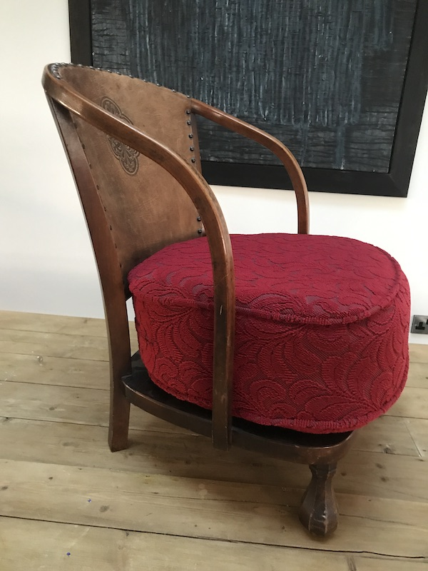 1930 Art and Craft Vintage Arm Chair with Pretzel shaped armrests it has it's original seat