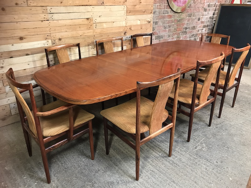Exceptional XXL Niels Møller Rosewood Expandable Dining Table  with 8 Rosewood Folke Ohlsson Dining Chairs