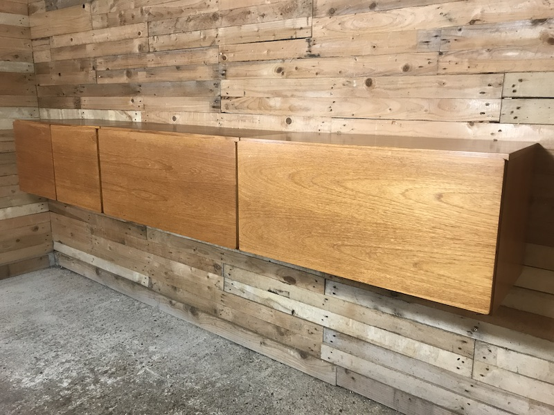 Exceptional totally free-hanging XXL teak 1960 Retro sideboard  (A)