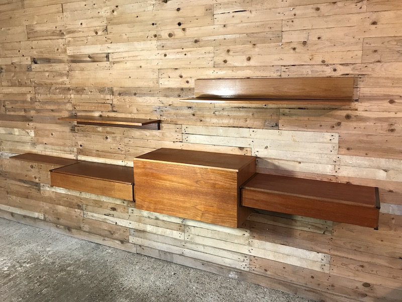 Totally free-hanging large teak 1960 Retro Desk with two drawers and 3 shelves (R)